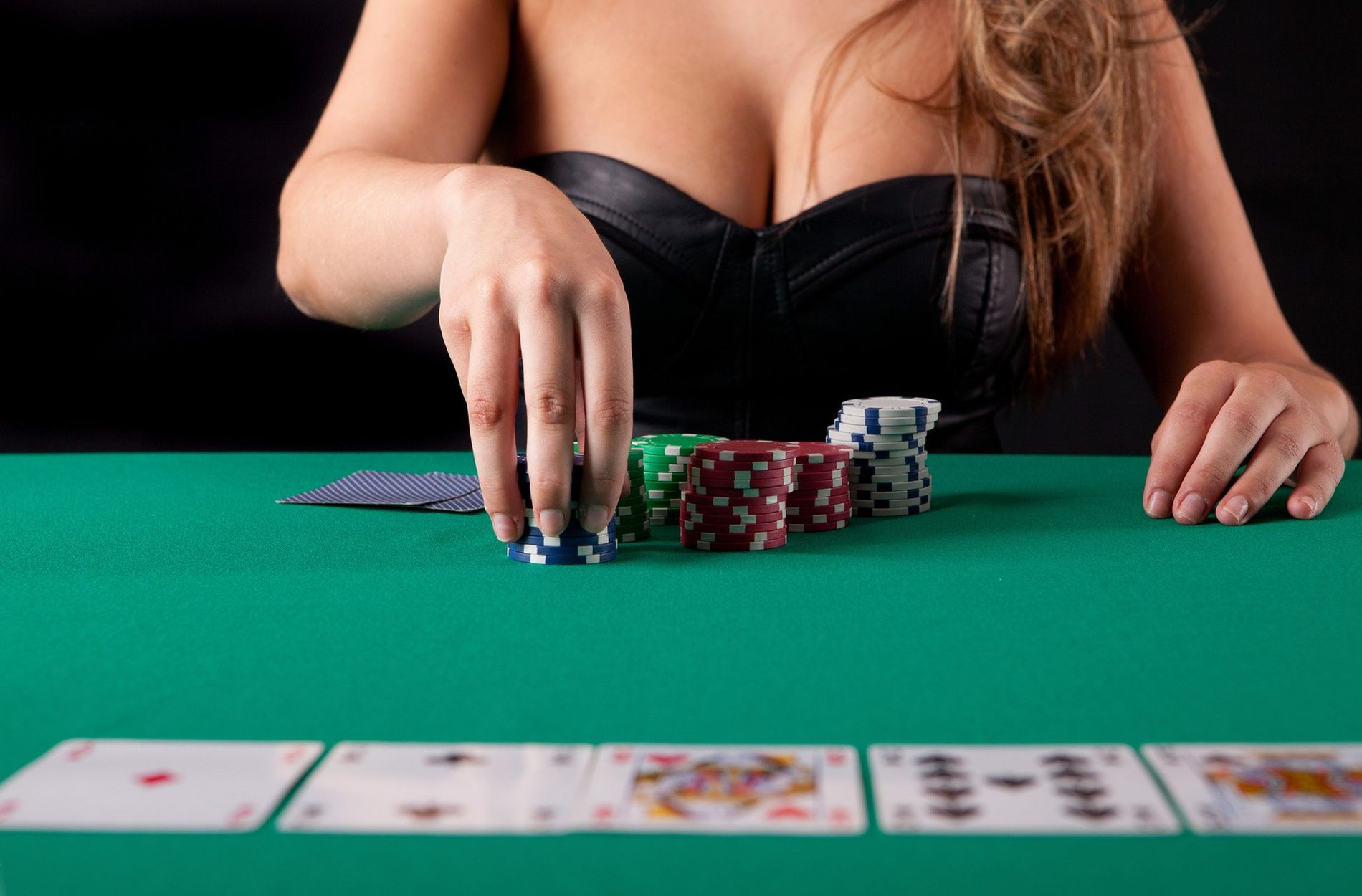 Turn Your Online Casino Right into A Top Performing Machine