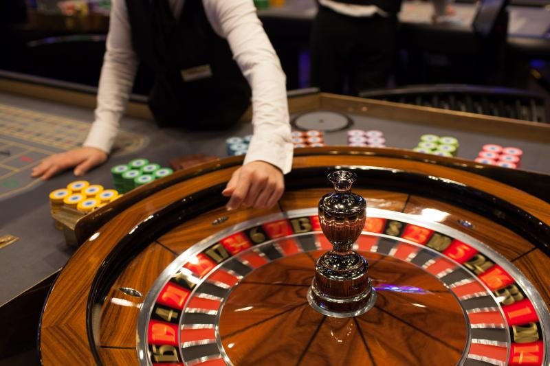 What Might Online Gambling Do To Make You Switch?